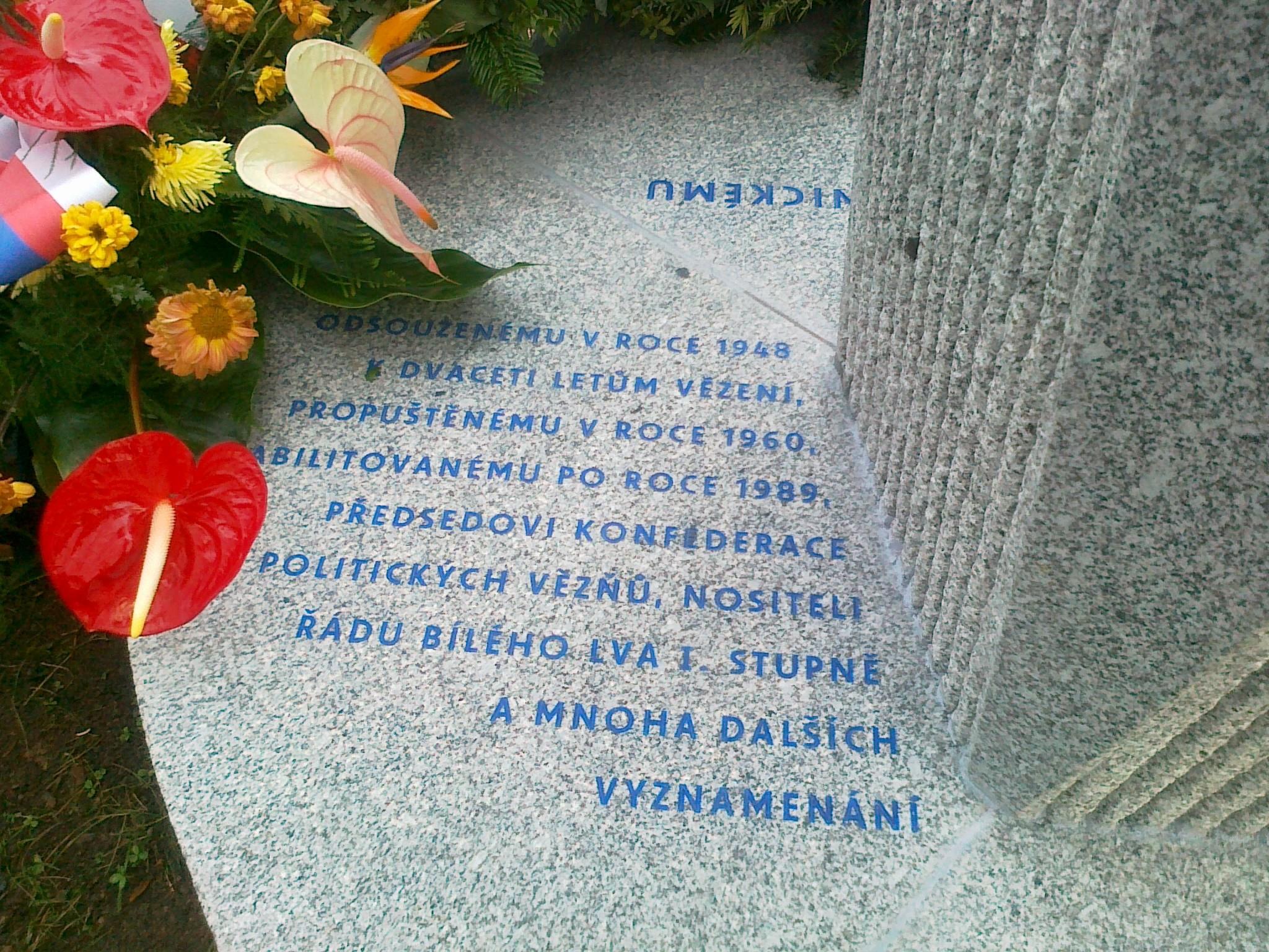 pomník Pernickému - 07