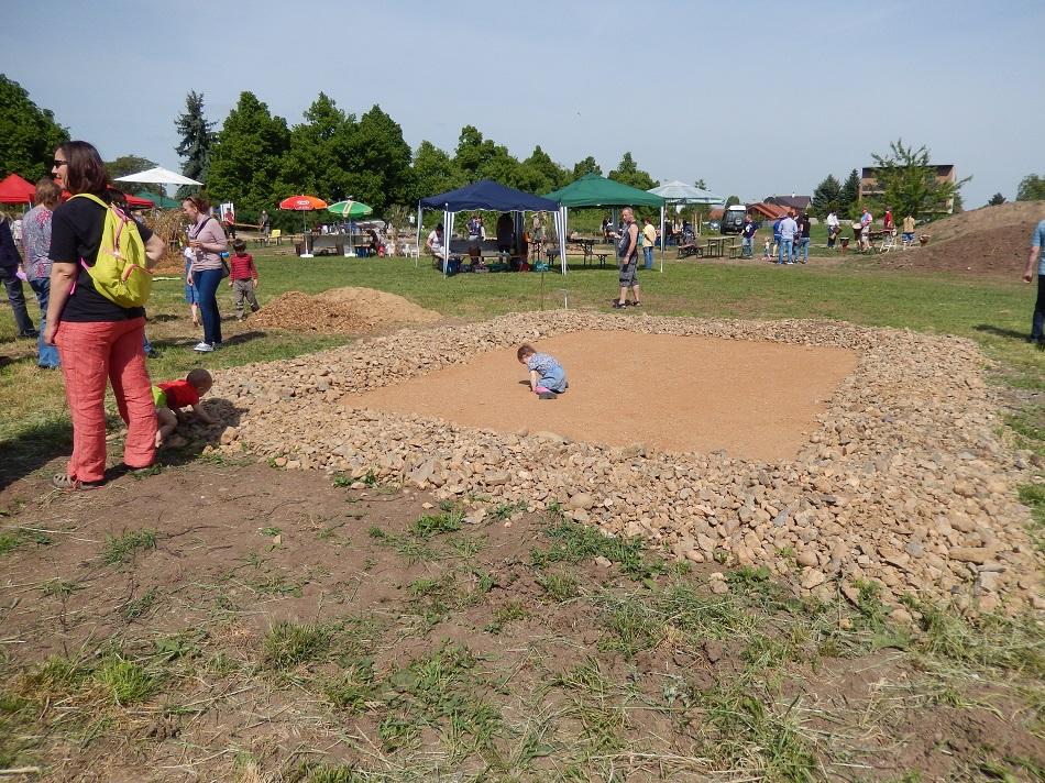 Otevření Komunitní zahrady, kuličkové hřiště